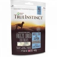 True Instinct Freeze Dried Treat Adult Dog Weißfisch & Lachs