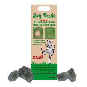 Dog Rocks Steine gegen Brandflecken im Rasen